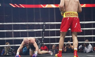 """Gassijew nie dał żadnych szans Włodarczykowi. To była walka """"do jednej bramki"""" (galeria)"""