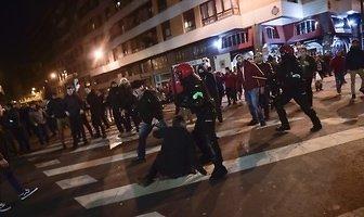 LE: chuligańskie zamieszki przed meczem w Bilbao (galeria)
