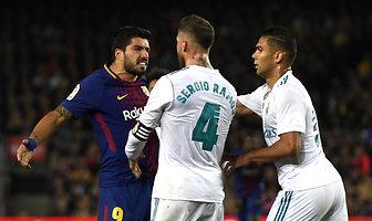 """Łokieć Ramosa, zemsta Messiego, a w końcu """"czerwień"""". Serial złośliwości w El Clasico (galeria)"""