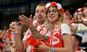 Mistrzostwa Europy siatkarzy 2019: Polscy kibice podczas meczu 1/8 finału (galeria)