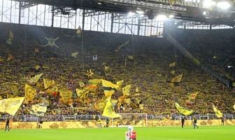 Kibice podczas meczu Borussia Dortmund - VfL Wolfsburg (galeria)