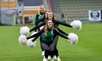 Ostatni w tym roku występ Cheerleaders Bełchatów na Gieksa Arena (galeria)