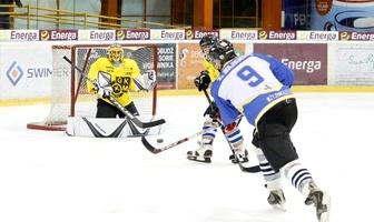 Mecz hokejowy eWinner Apator Toruń - MrGarden GKM Grudziądz 6:4 (galeria)
