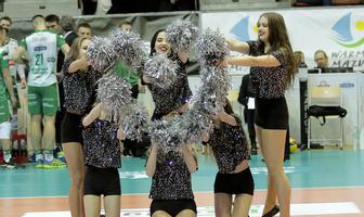 Walentynkowy występ Soltare Cheerleaders na meczu Indykpol AZS Olsztyn- Ślepsk Malow Suwałki (galeria)