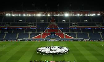 Liga Mistrzów bez kibiców. Smutne obrazki z meczu PSG - Borussia Dortmund (galeria)