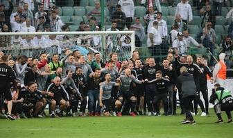 PKO Ekstraklasa. Legia mistrzem Polski. Zobacz zdjęcia z fety Wojskowych (galeria)