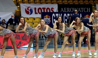 Cheerleaders Gdynia podczas finału Suzuki Pucharu Polski Kobiet (galeria)
