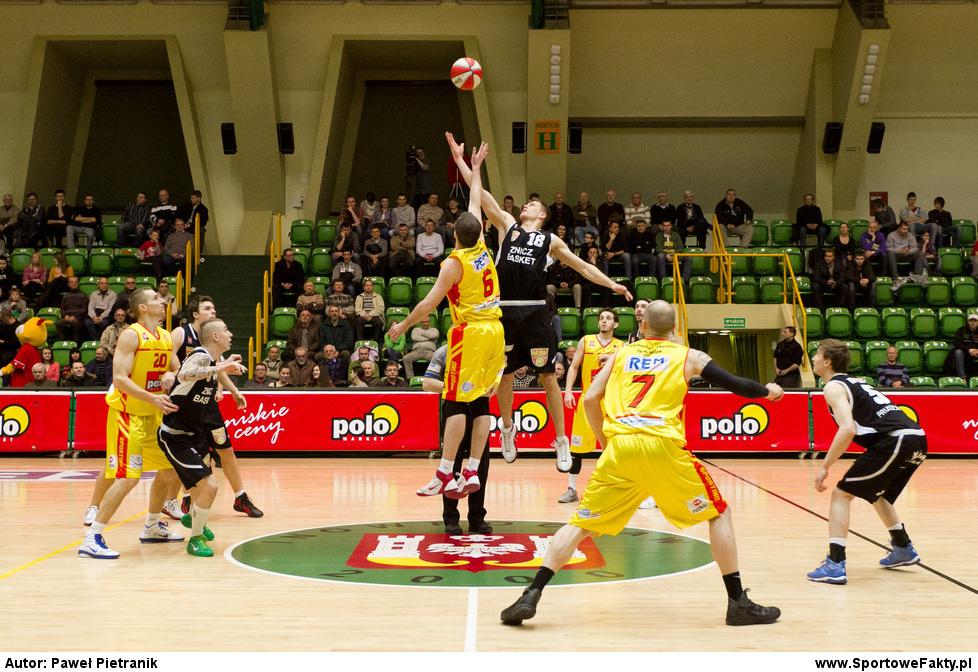 POLOmarket Sportino Inowrocław - MKS Znicz Basket Pruszków 71:73
