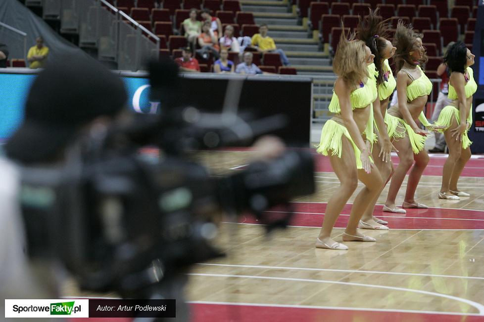 cheerleaders...