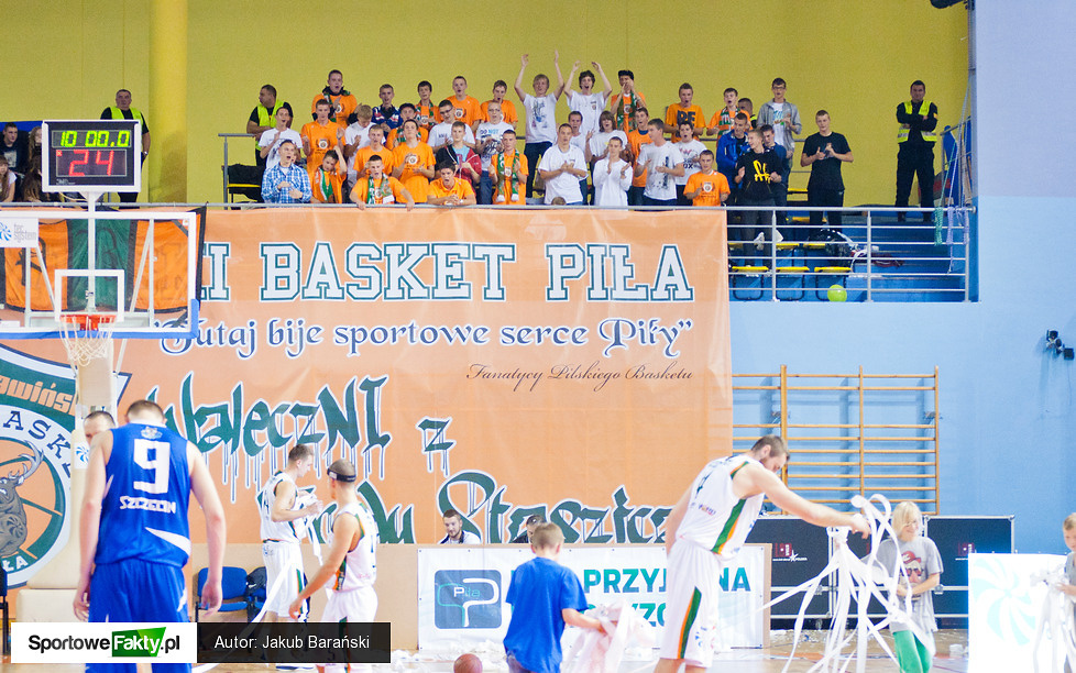 Stawiński Basket Piła - King Wilki Morskie Szczecin 81:74