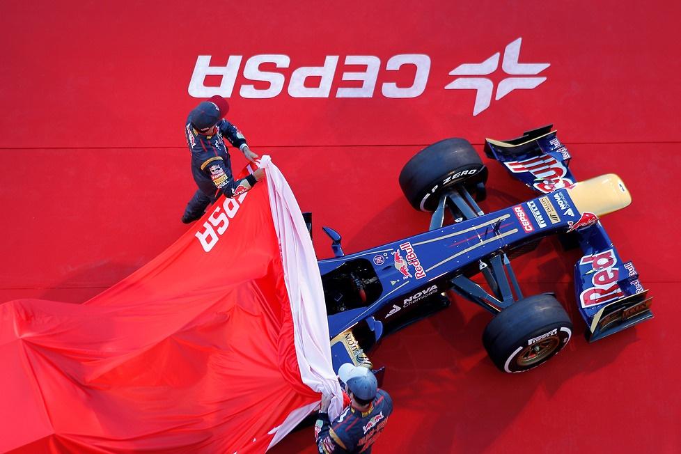 Prezentacja nowego bolidu Toro Rosso STR8