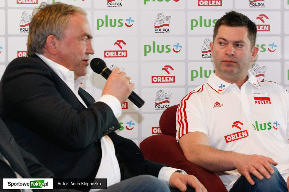 Podpisanie przez Piotra Makowskiego kontraktu na prowadzenie reprezentacji