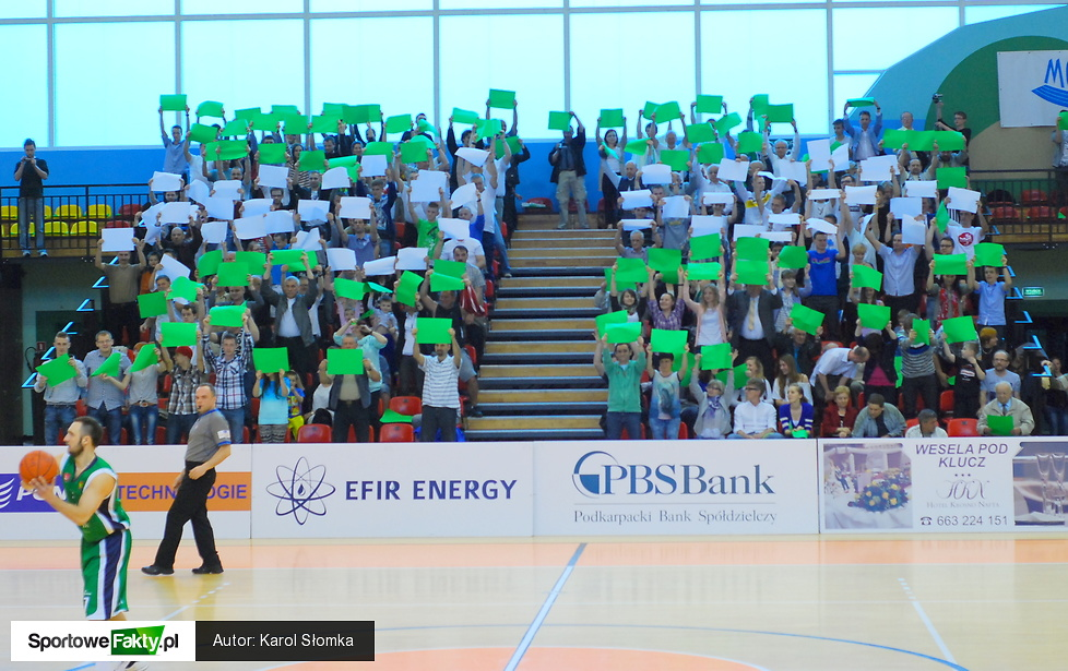 PBS Bank Efir Energy MOSiR Krosno - AZS WSGK Polfarmex Kutno 93:89
