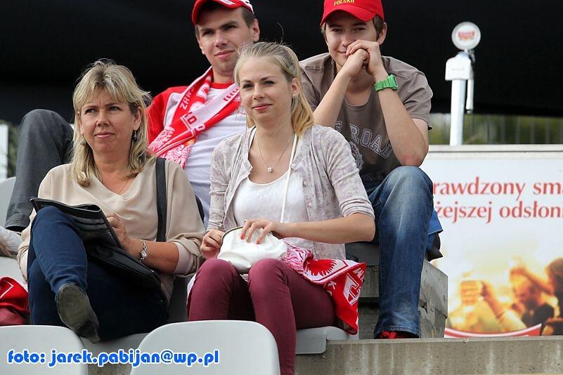 Cheerleaderki i kibice podczas półfinału DPŚ w Częstochowie