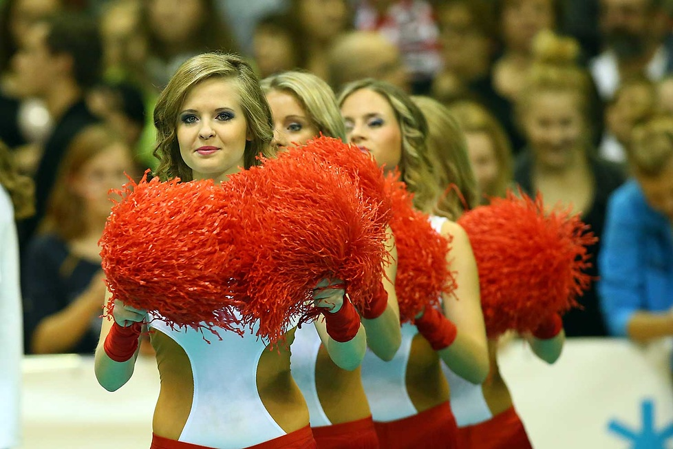 Cheerleaderki podczas SuperPucharu