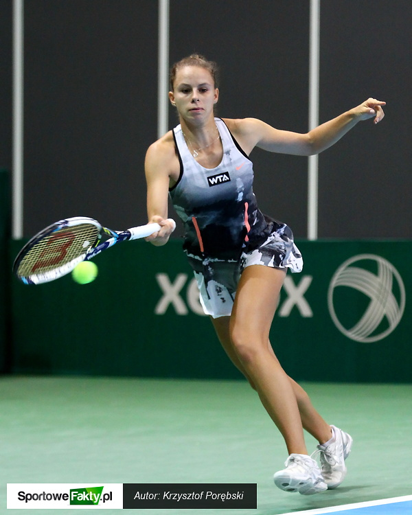 WTA Katowice: Magda Linette - Klara Koukalova 4:6, 3:6