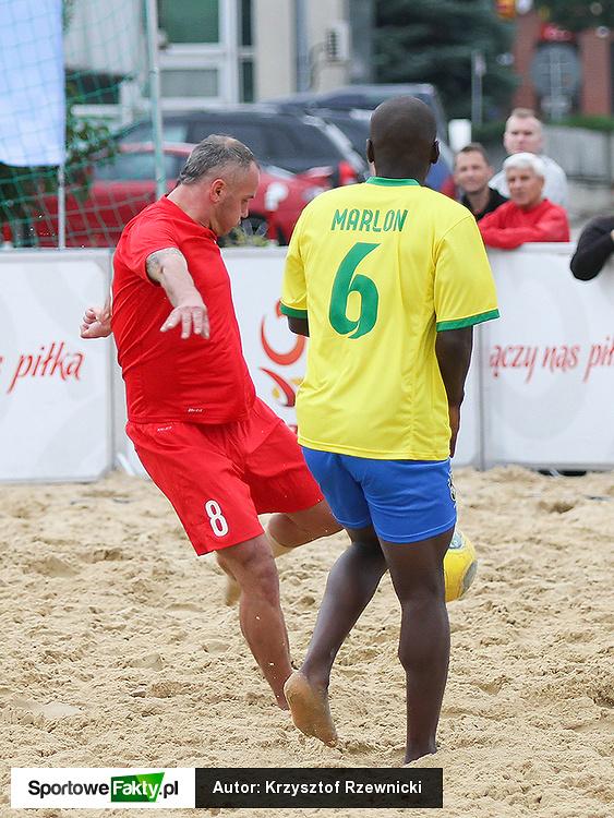Piłka nożna plażowa: Polska - Brazylia 6:4