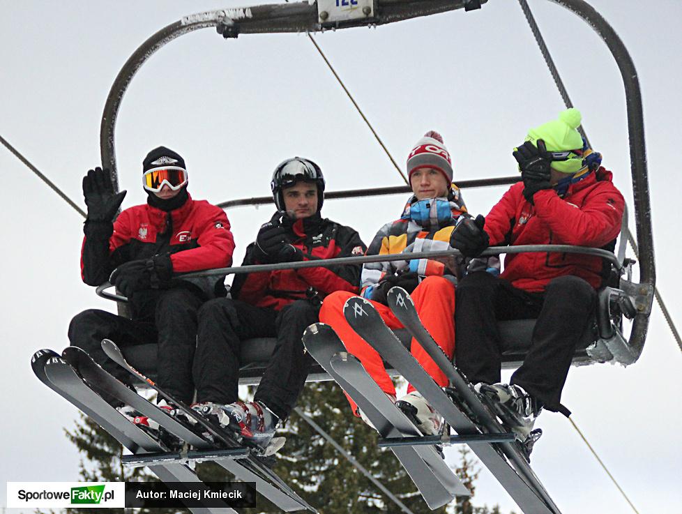 Żużlowa kadra na nartach w Harrachowie