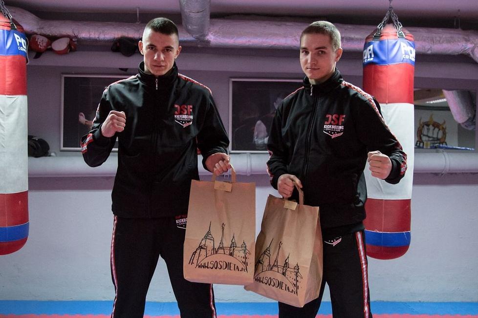 Zawodnicy DSF Kickboxing Team nagrywali teledysk z raperami
