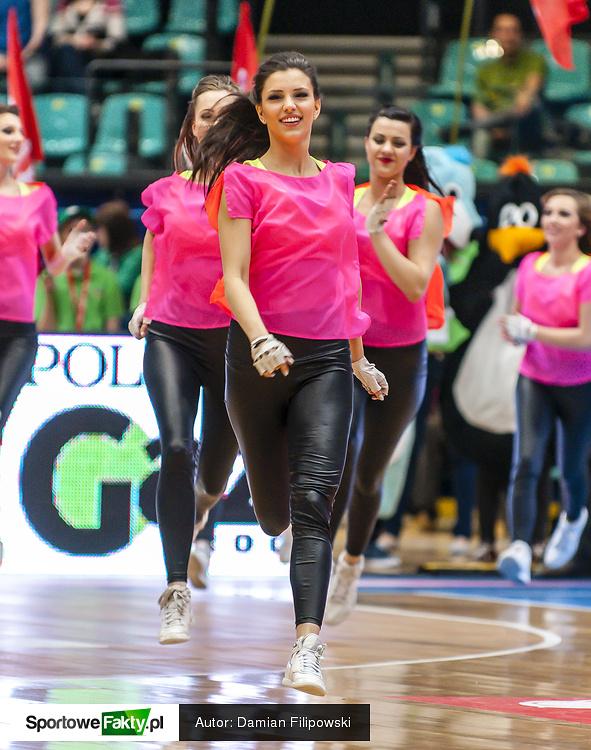 Cheerleaders Wrocław na WKS Śląsk - MKS Dąbrowa Górnicza