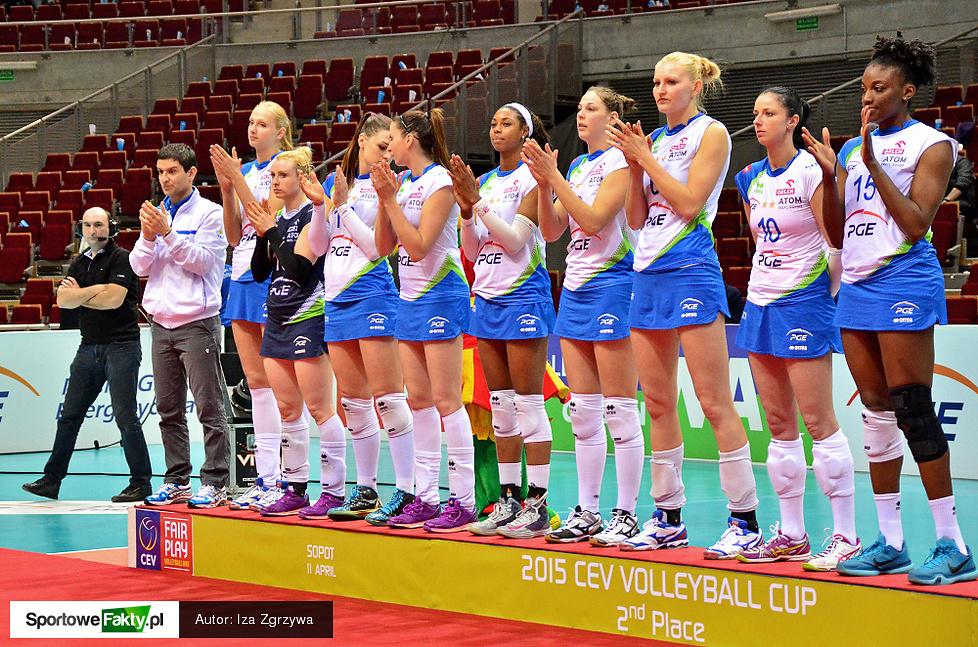 Dekoracja po finale Pucharu CEV