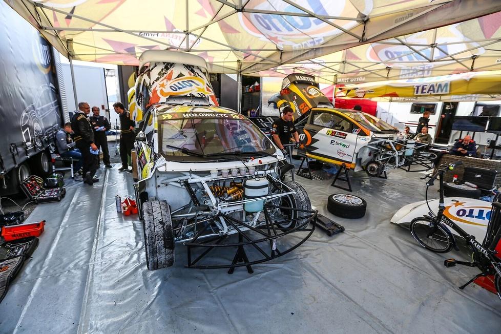 Rallycross: ostatnia runda pechowa dla Hołka i Martina
