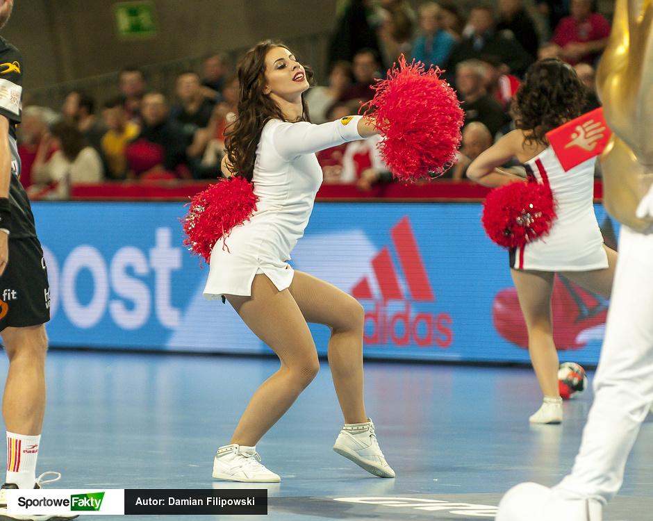 EHF Euro 2016: Cheerleaders Wrocław podczas wtorkowych meczów (galeria)