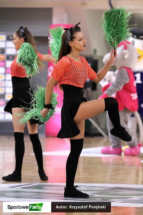 Cheerleaderki podczas Final Six Pucharu Polski Kobiet (galeria)