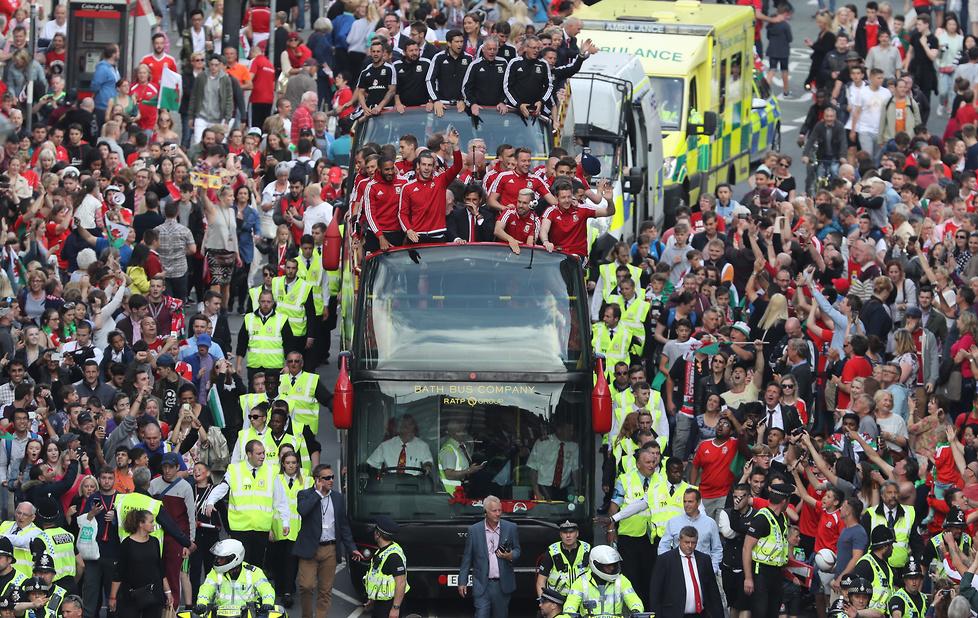 Walia oszalała na punkcie piłkarzy. Zobacz, jak kibice przywitali bohaterów Euro 2016