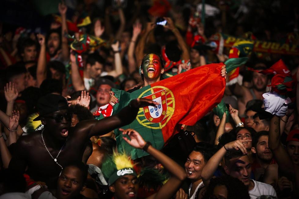 Europa należała do Portugalczyków. Tak świętowali na ulicach miast