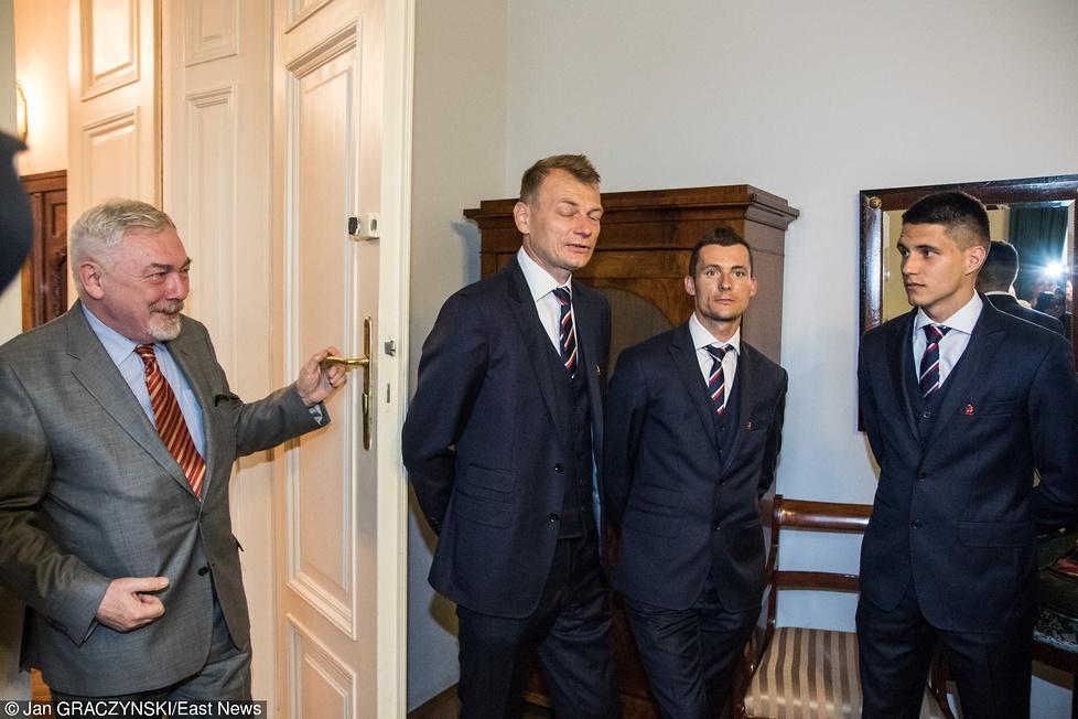 Klucze do miasta za trykot Kapustki. Reprezentanci Polski spotkali się z prezydentem Krakowa