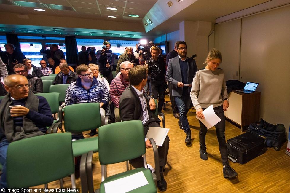 Po wpadce dopingowej Therese Johaug zalała się łzami. Zobacz zdjęcia z konferencji