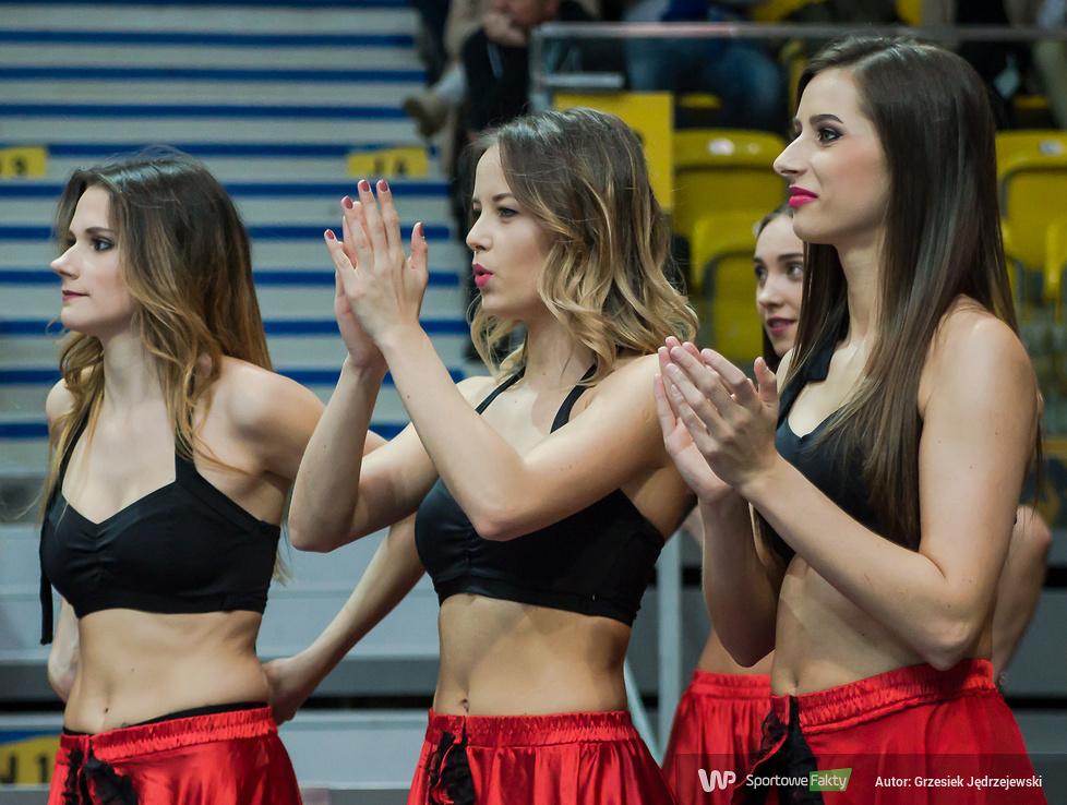 Cheerleaders Gdynia tańczyły na meczu Asseco Gdynia - TBV Start Lublin (galeria)