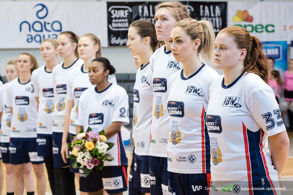 Basket 90 Gdynia - Astana Tigers 85:63 (galeria)