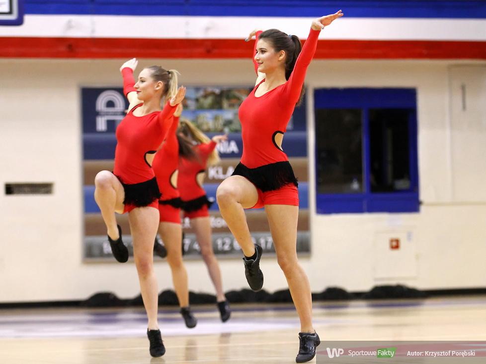 Trinity Cheerleaders tańczyły na meczu Wisła Can-Pack - Fenerbahce Stambuł (galeria)