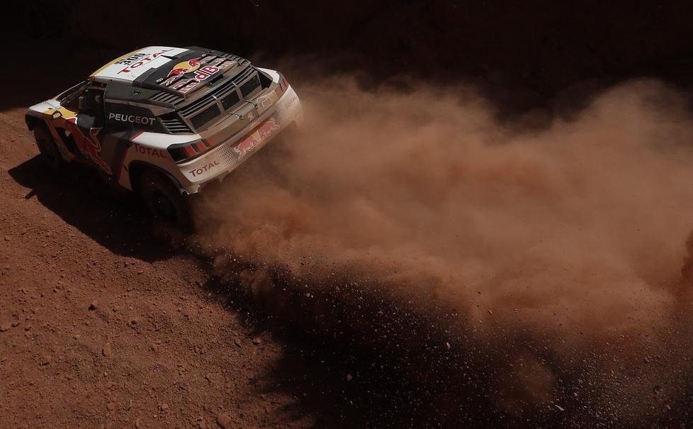 Rajd Dakar: pułapki nawigacyjne i gradobicie. 3. etap w obiektywie