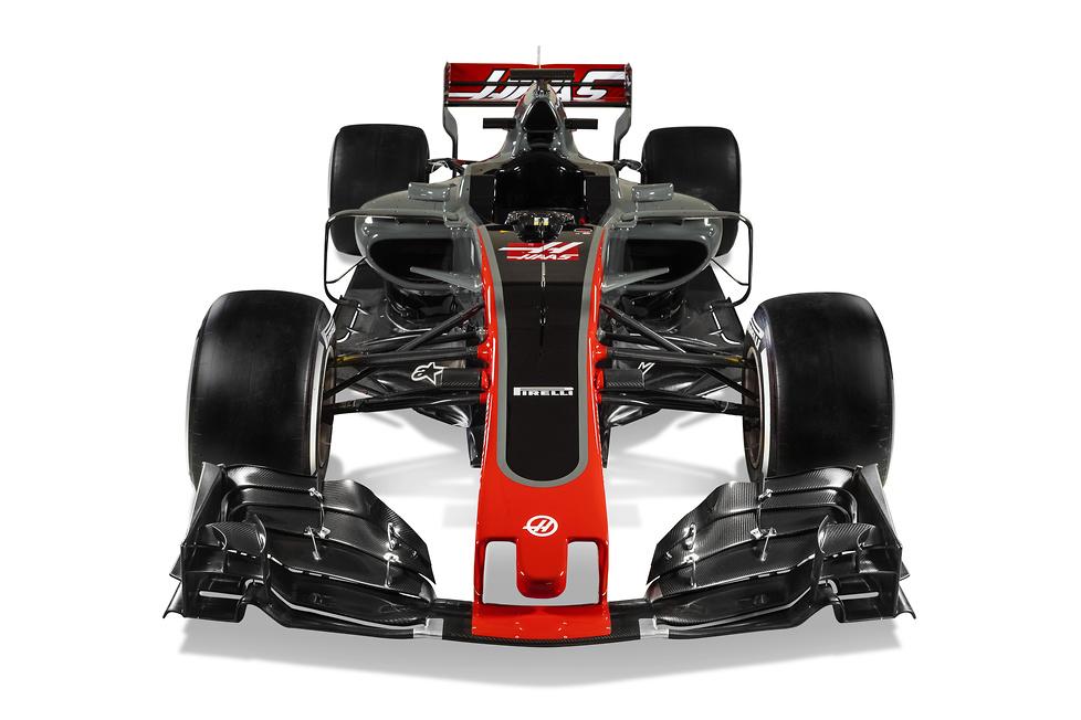 Haas F1 Team zaprezentował bolid VF-17 (galeria)