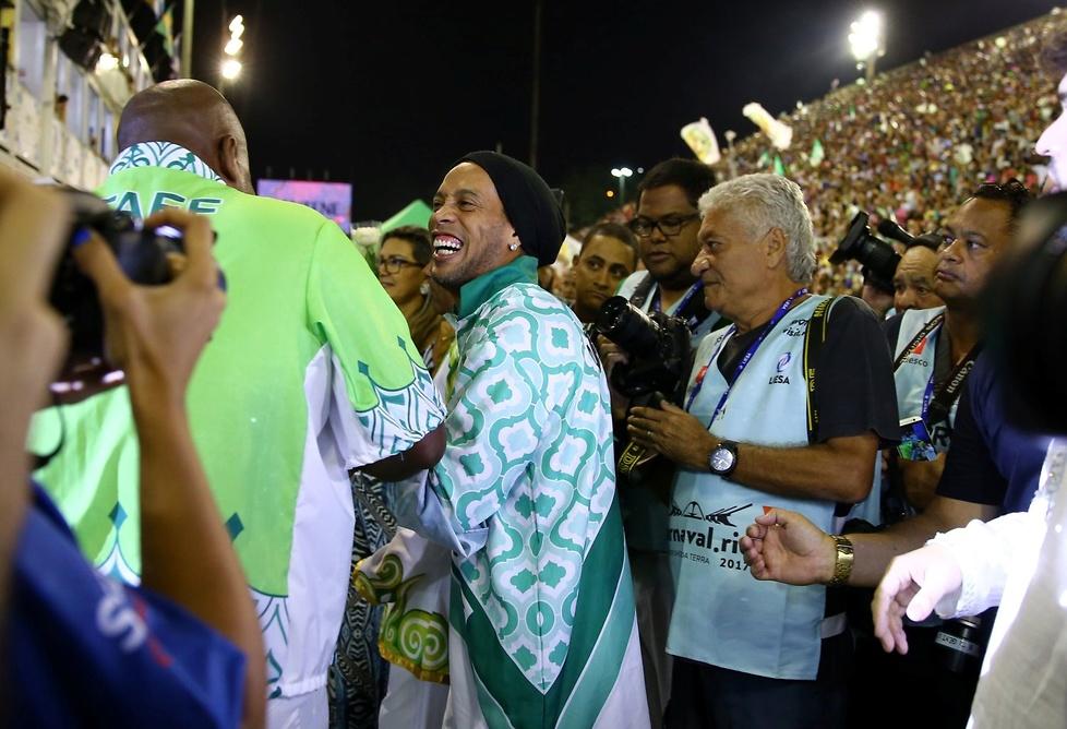 Ronaldinho na karnawale w Rio. Nie mogło go tam zabraknąć