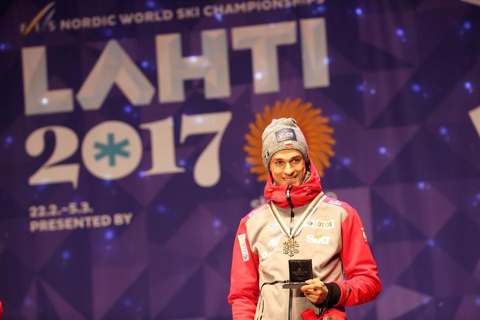 MŚ w Lahti: Piotr Żyła odebrał brązowy medal (galeria)