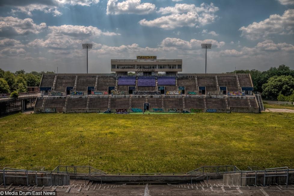 20 lat po igrzyskach w Atlancie Alonzo Herndon Stadium straszy swoim w...