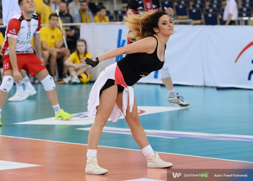 Cheerleaders Bełchatów podczas półfinału PlusLigi (galeria)