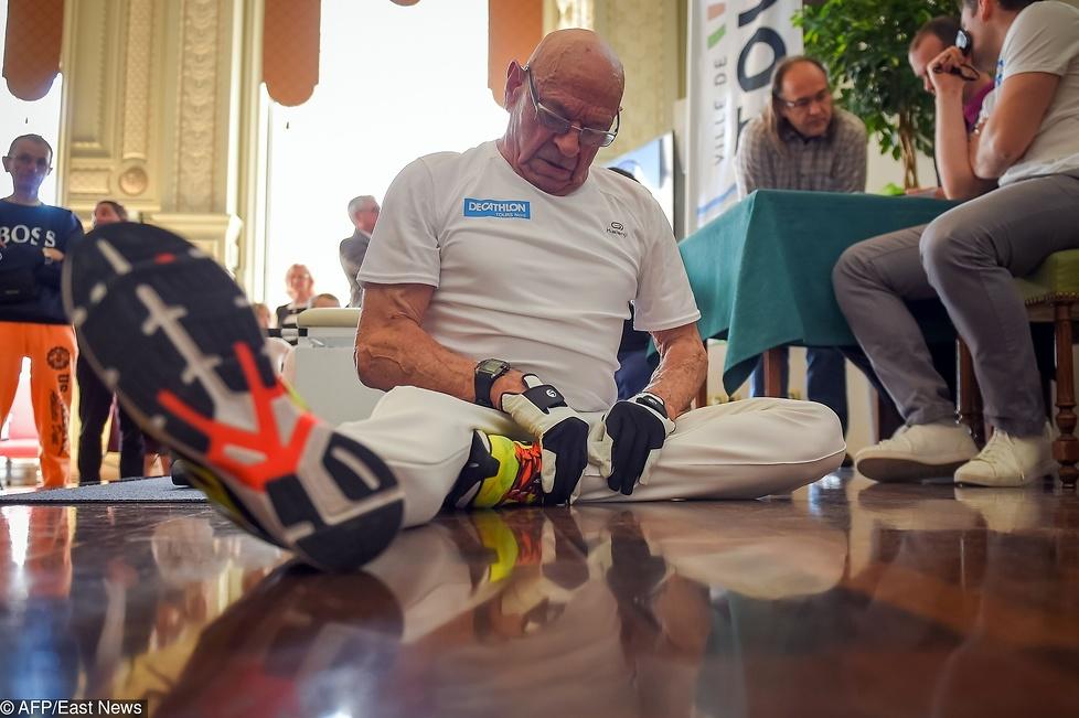 Roger Prevost z Tours w środkowej Francji po raz kolejny zadziwił ś...