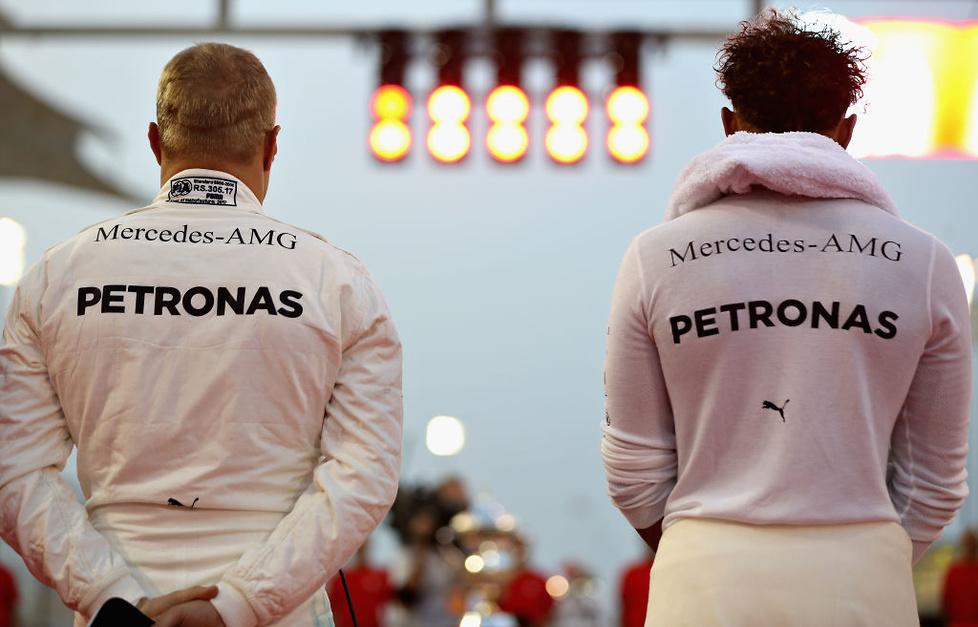 GP Bahrajnu: Ferrari znów pokazało siłę (galeria)