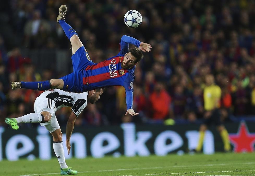 Lionel Messi dwoił się i troił, aby pomóc Barcelonie awansować do...