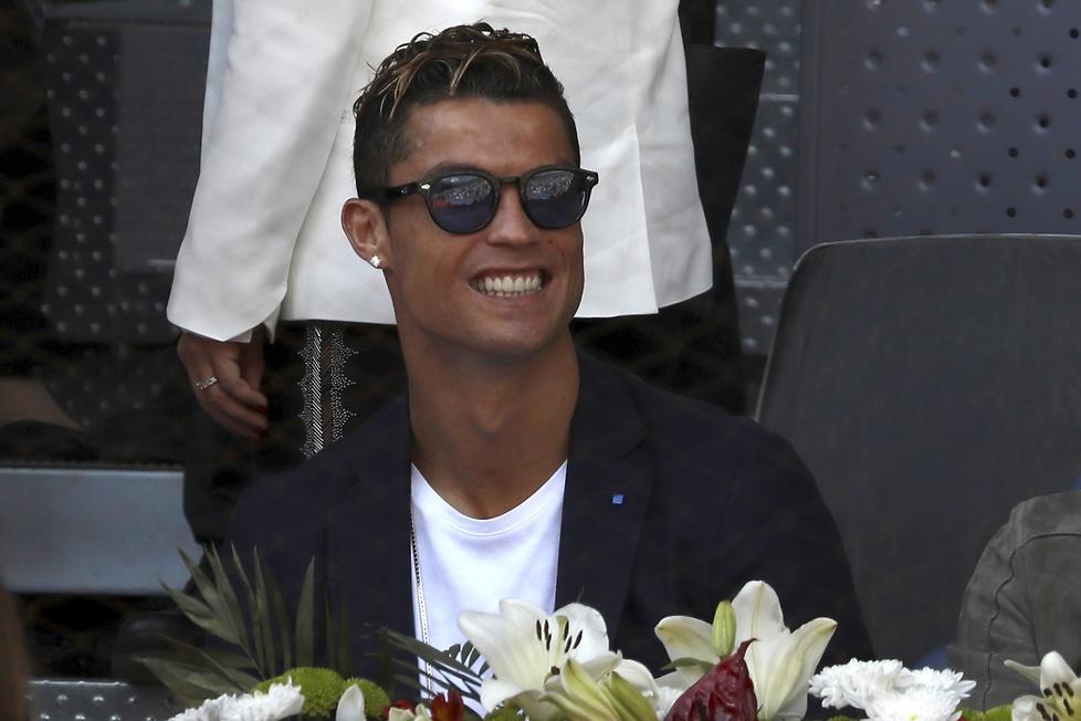 Cristiano Ronaldo przyjaźni się z Rafaelem Nadalem, więc jego obecn...