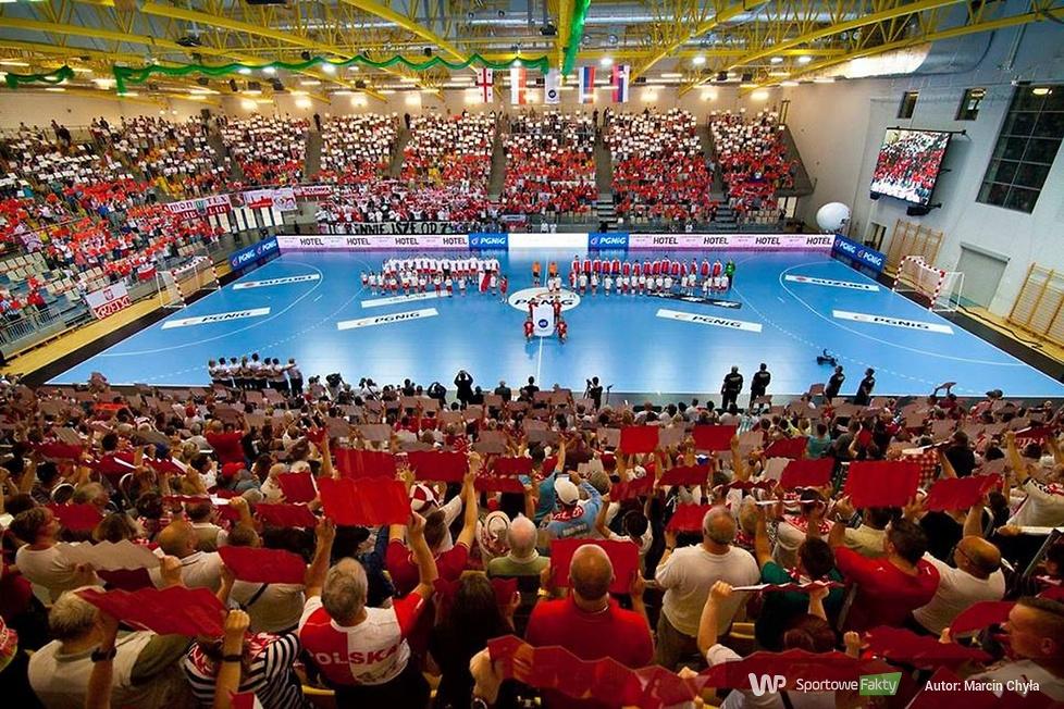 Kibice podczas meczu Polska - Rosja (galeria)