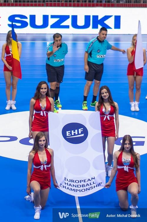 Kibice i Cheerleaders FLEX Sopot podczas meczu Polska - Rumunia (galeria)