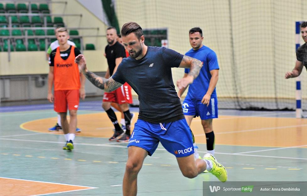 Piłkarze Wójcika wrócili do treningów (galeria)