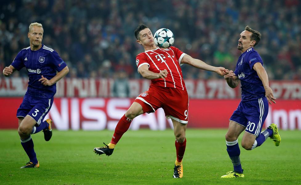 Lewandowski tradycyjnie był jednym z bohaterów Bayernu Monachium. Pola...