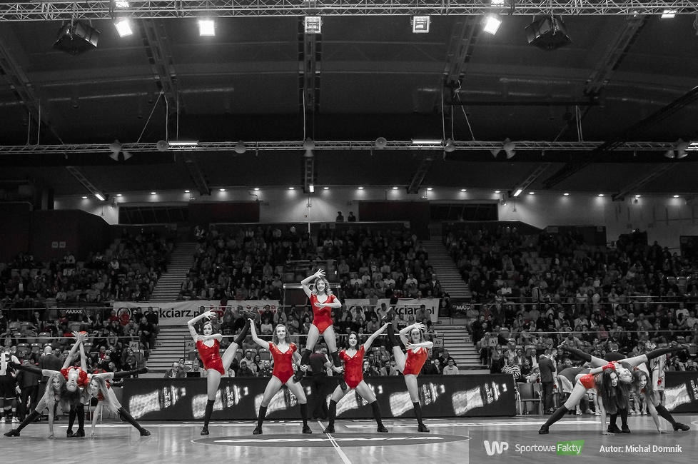 Cheerleaders Gdynia na meczu Asseco Gdynia - Czarni Słupsk (galeria)